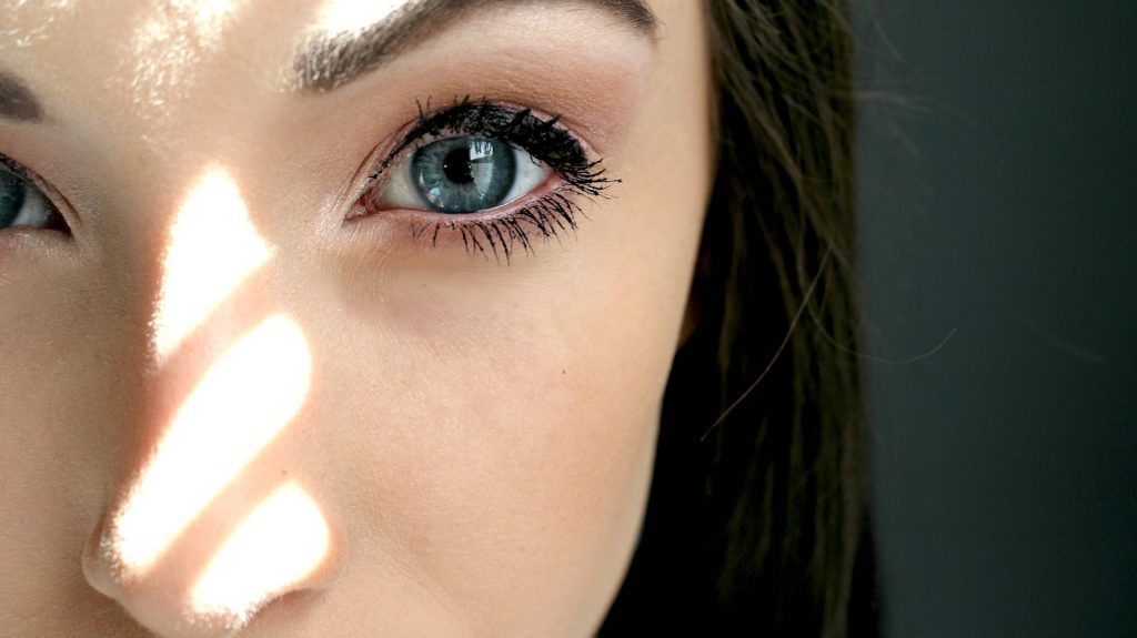diabetes-and-your-eyes-how-does-blood-sugar-affect-your-vision-?