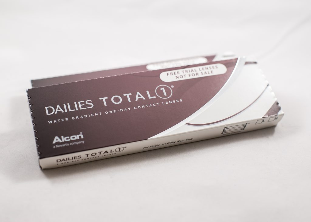 Products We Love: Daily Contact Lenses